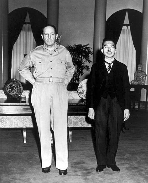 Douglas MacArthur, leader of the American Occupation, and Emperor Hirohito.